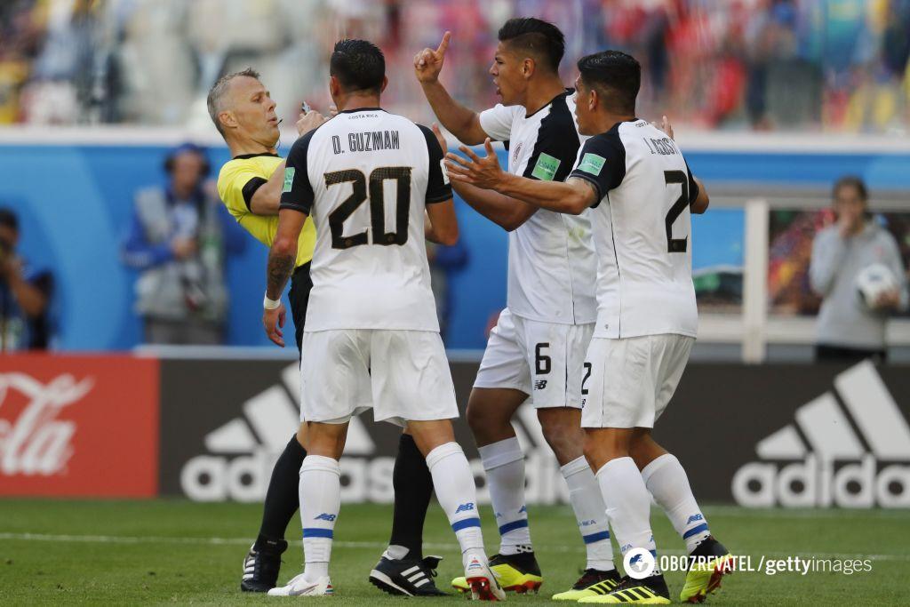 Бразилия чудом избежала позора в матче с Коста-Рикой