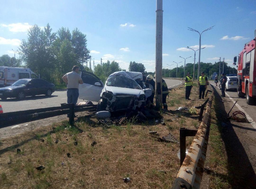 На Днепропетровщине произошло кровавое ДТП