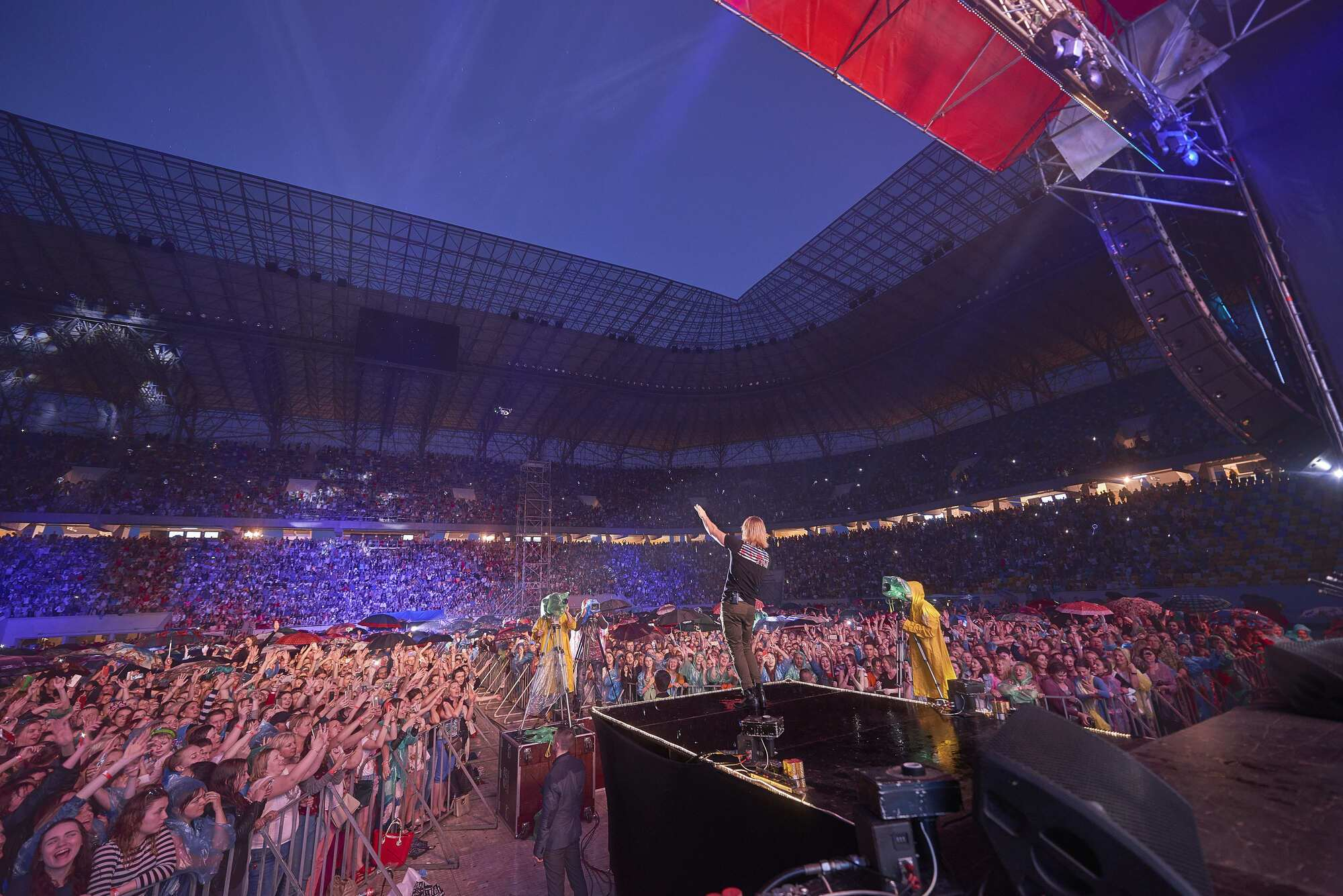 Секс на концертах и стадионах смотреть
