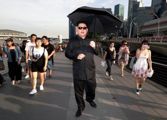"""Прибыл не вовремя: в Сингапуре задержали """"Ким Чен Ына"""""""