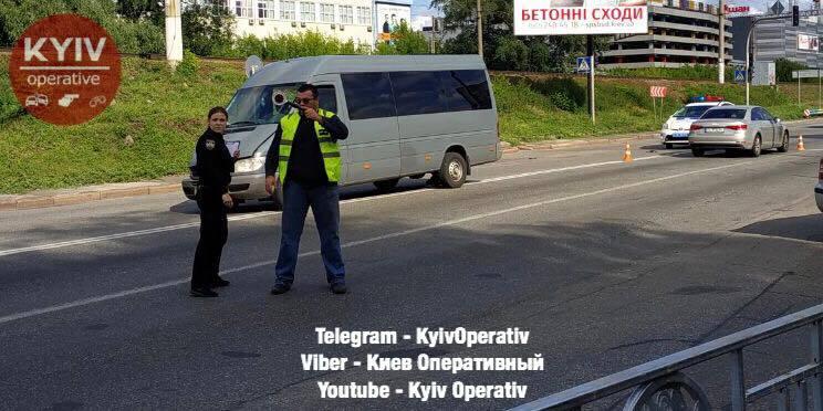 В Киеве полиция угодила в скандал на месте ДТП