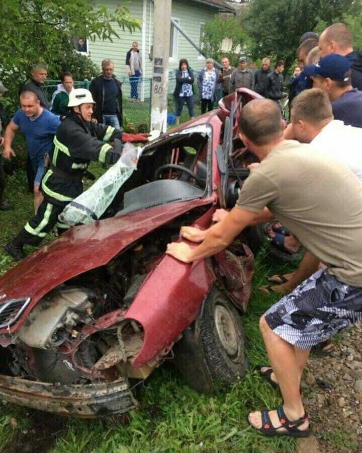 В авто была семья: под Винницей произошло кровавое ДТП