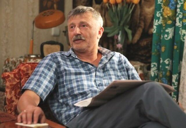 "Станислав Боклан в эпизоде сериала ""Коли ми вдома"""