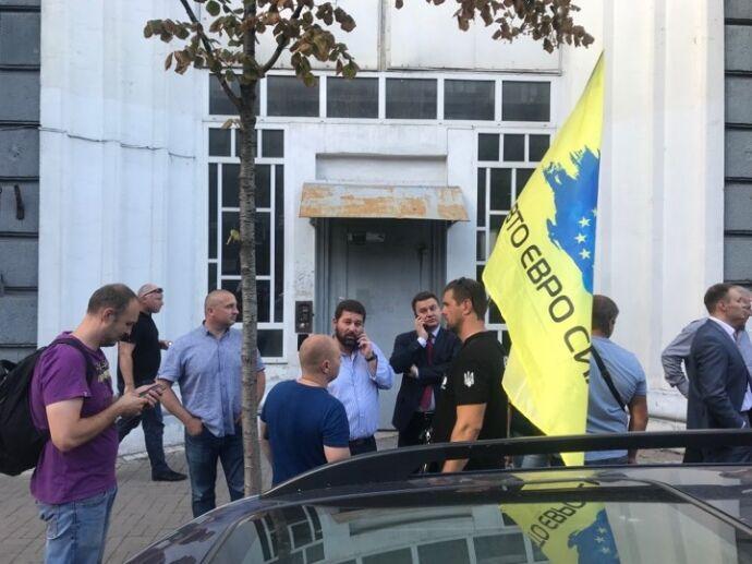 Протест владельцев авто на еврономерах