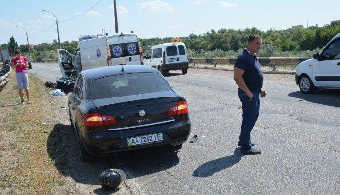 Шансів вижити не було: на Херсонщині чоловік з дитиною потрапили в ДТП