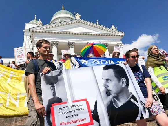 У Гельсінкі - протести через Трампа і Путіна