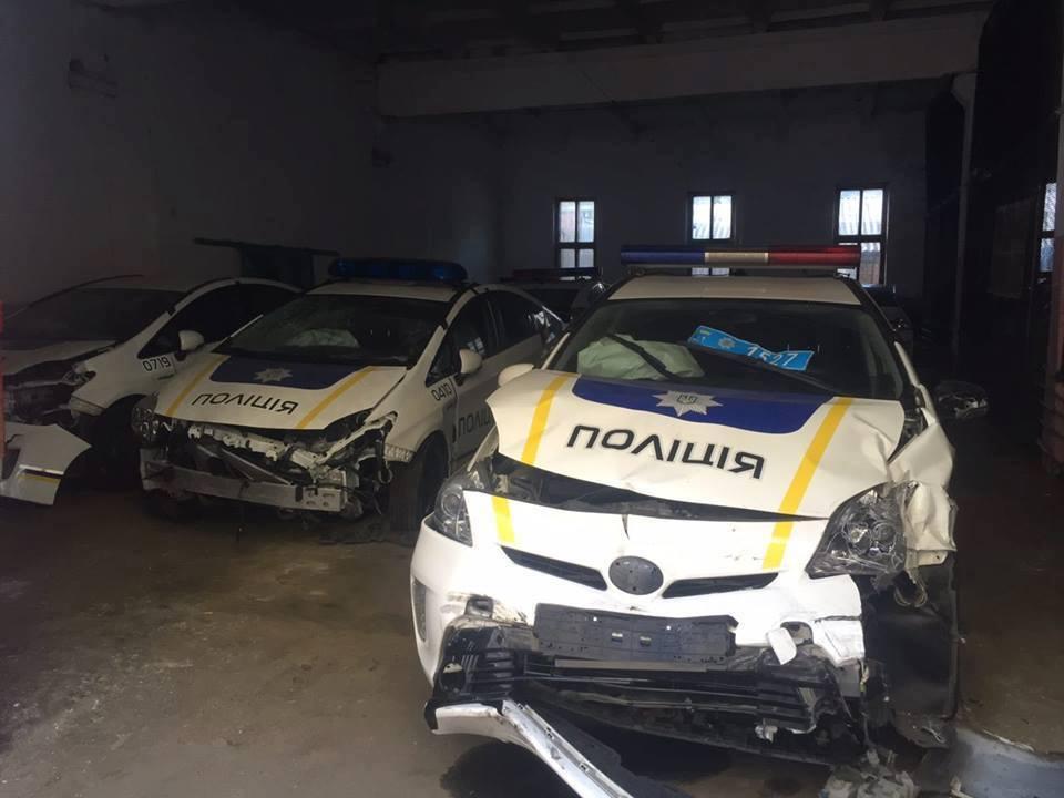 """Руководство полиции подает на патрульных """"космические"""" иски"""