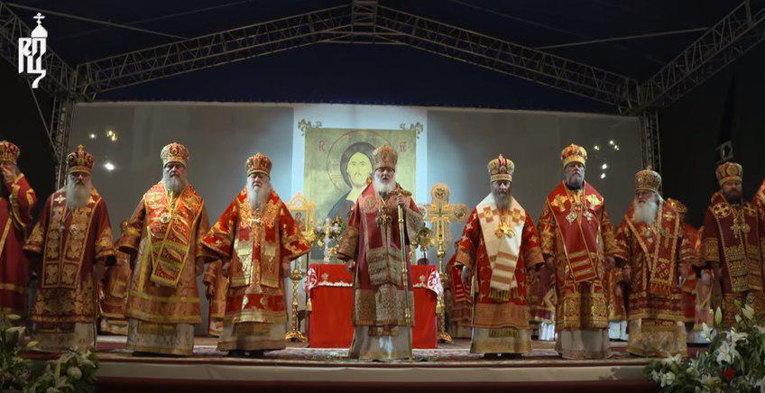 """""""Проти кращого життя"""": Онуфрій засвітився на путінській проповіді в РФ"""