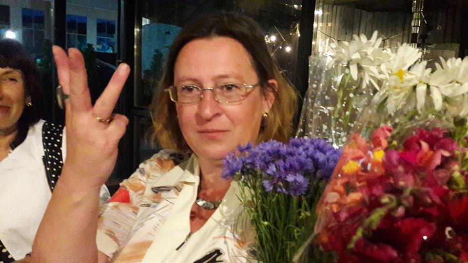 """Олена Степова на презентації збірки """"12 друзів хунти"""""""