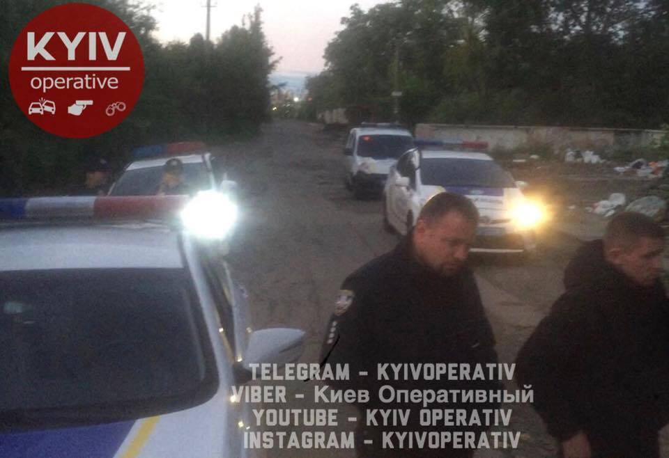 У Києві роми жорстоко побили перехожого: фото