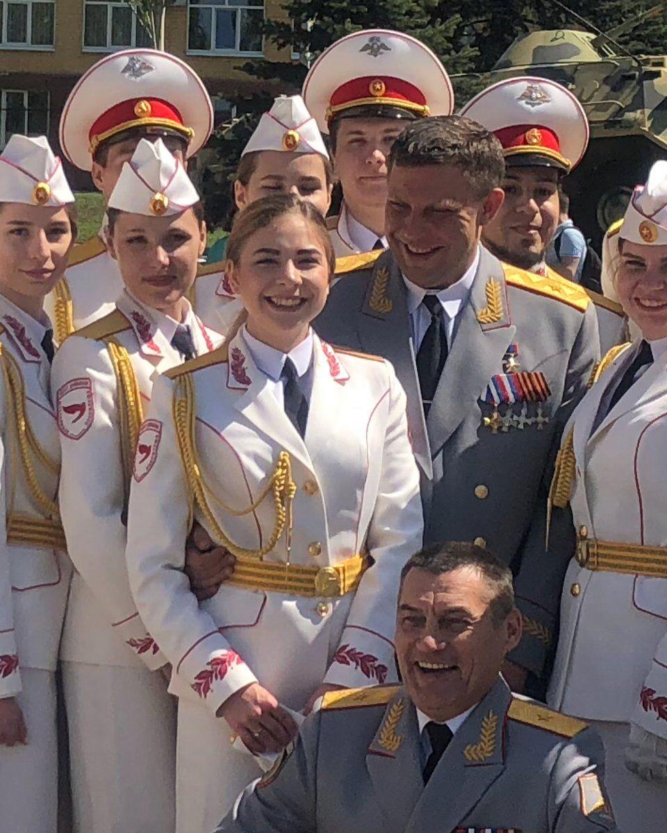 Сотрудник миссии ОБСЕ протаранил террористку в Донецке