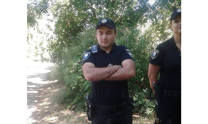 Полицейский в Мариуполе