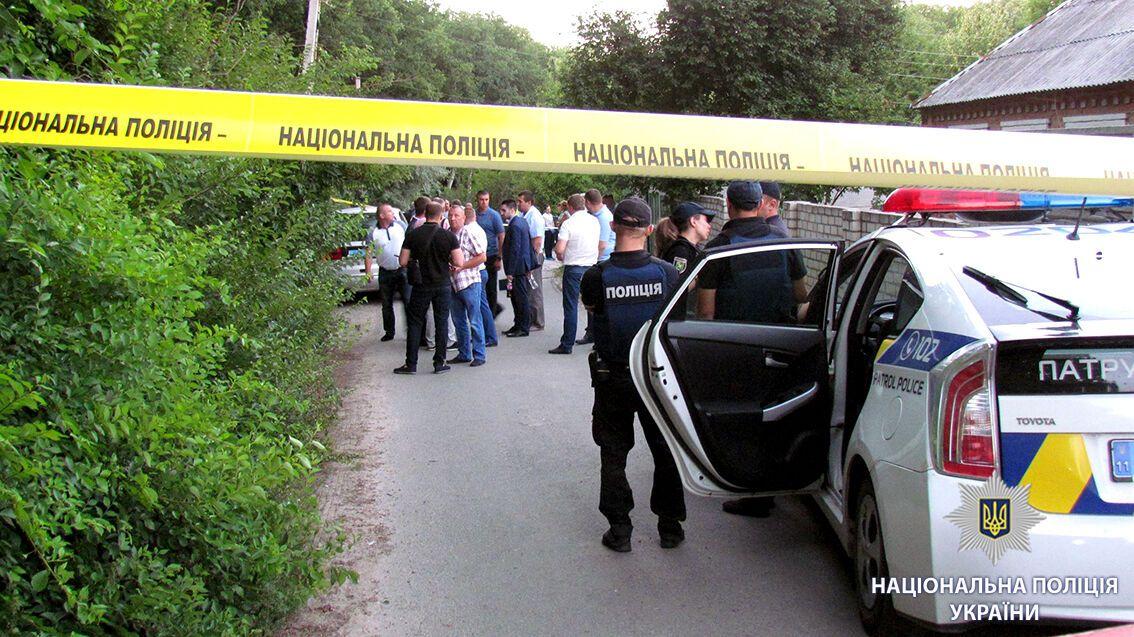 В Харькове взорвали машину директора фармфабрики: все подробности