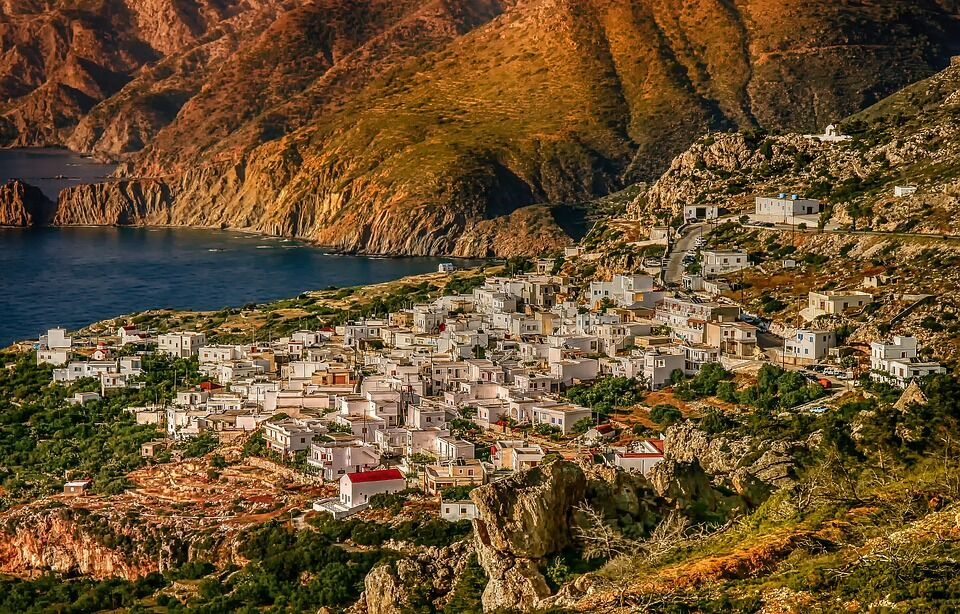 10 фактів, які зруйнують всі стереотипи про Грецію