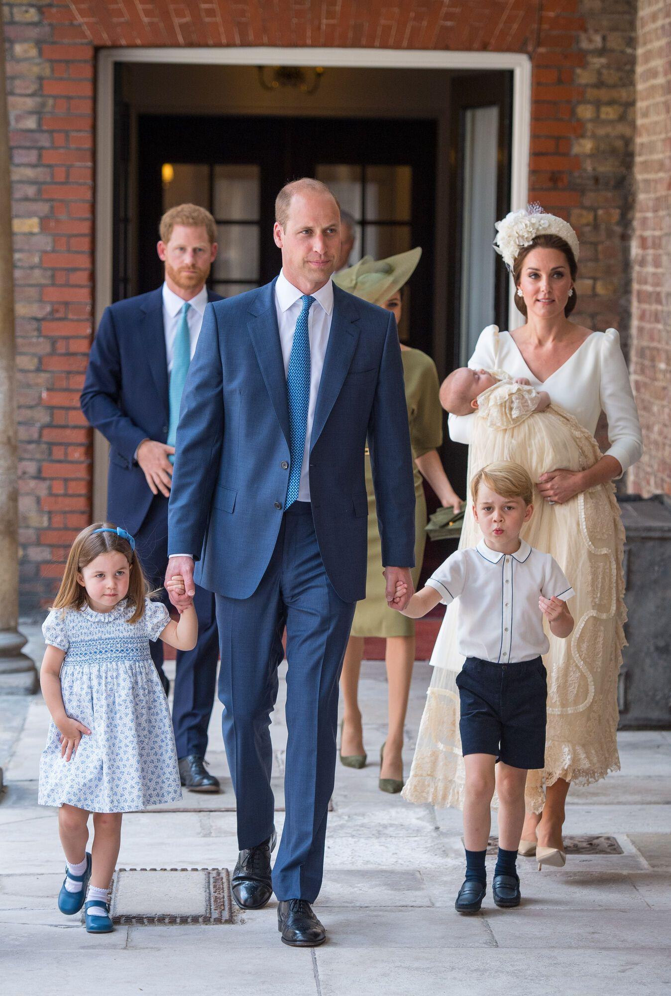 Принц Вільям і Кейт Міддлтон хрестили сина