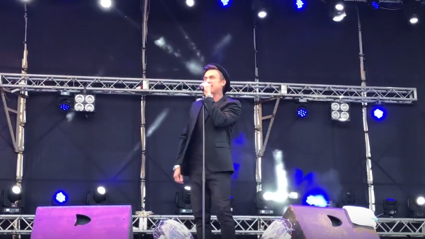 """Наречений Тодоренко дав концерт в """"ЛНР"""": відео"""