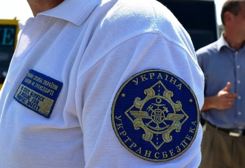 """Беспредел """"в законе"""": кто наживается на коррупции в украинских портах"""