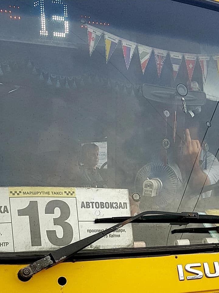 """""""Закройте морды"""": в Тернополе разгорелся скандал с водителем-хамом"""