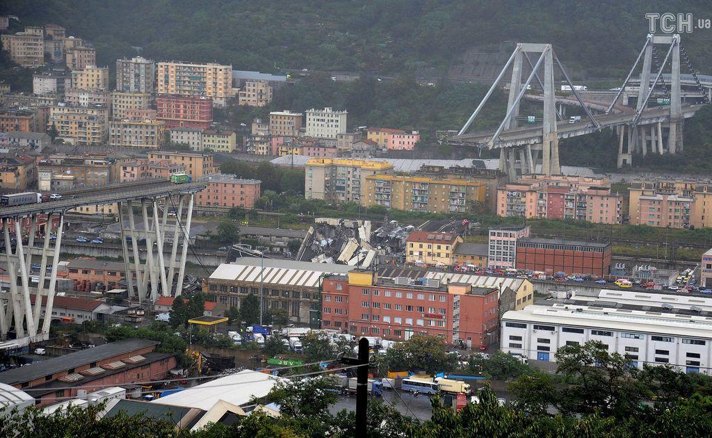 Обвал моста в Генуе: как спасали украинку. Фото