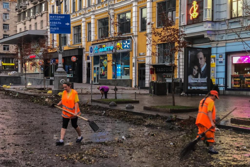 Последствия ливня в центре Киева