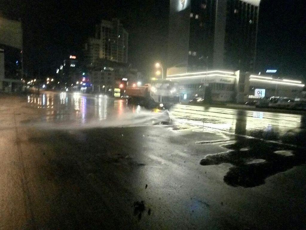 Киев затопило: как столица борется со стихией. Cвежие фото