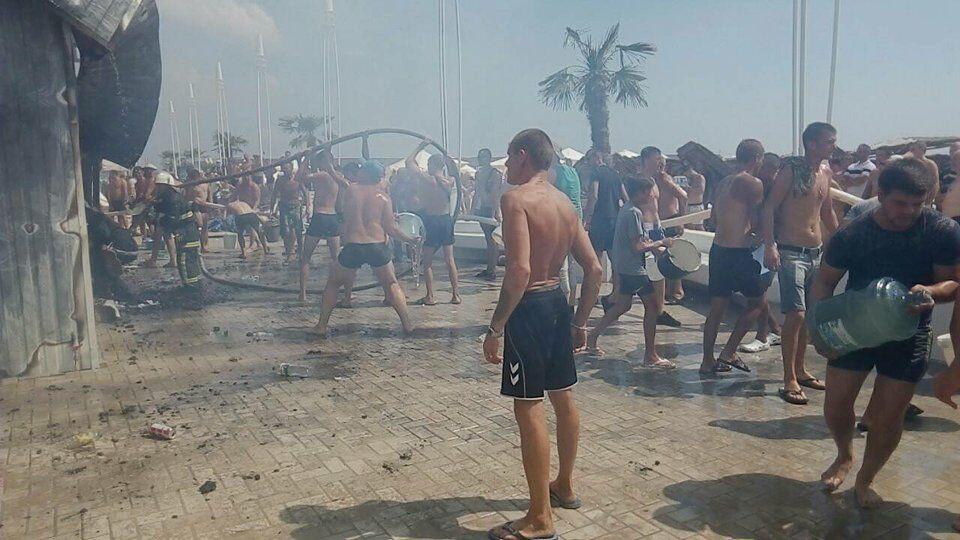 На известном украинском курорте произошел масштабный пожар: есть пострадавшие