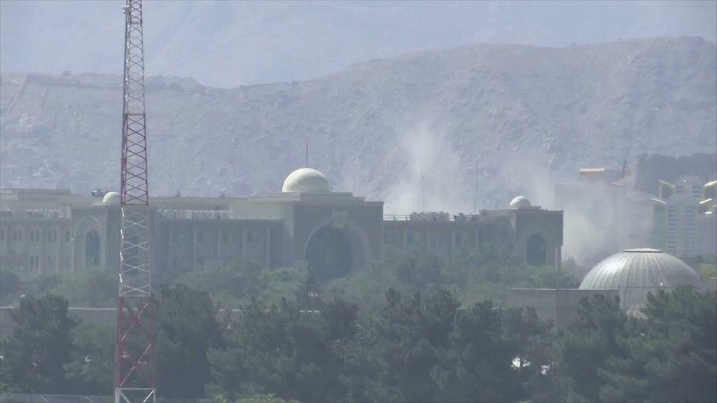 В Кабуле нанесли ракетный удар по дворцу президента
