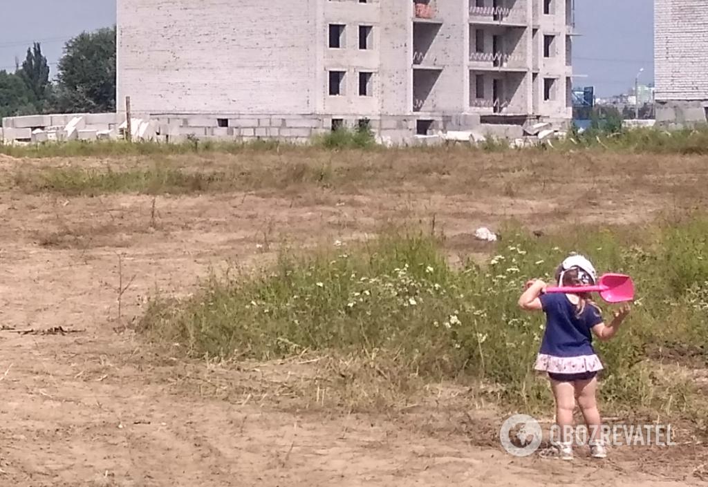 Стройка в Вишневом. Где играть детям?