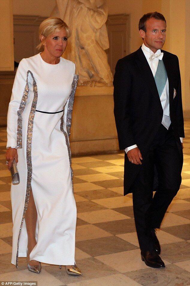 Жена Макрона блеснула на официальном приеме