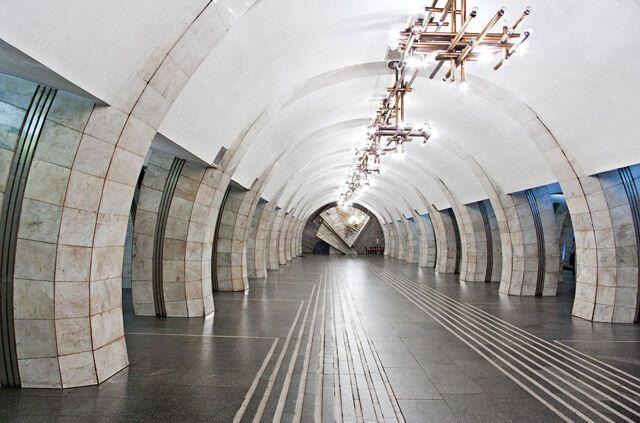 """Вид станції """"Либідська"""" без реклами"""