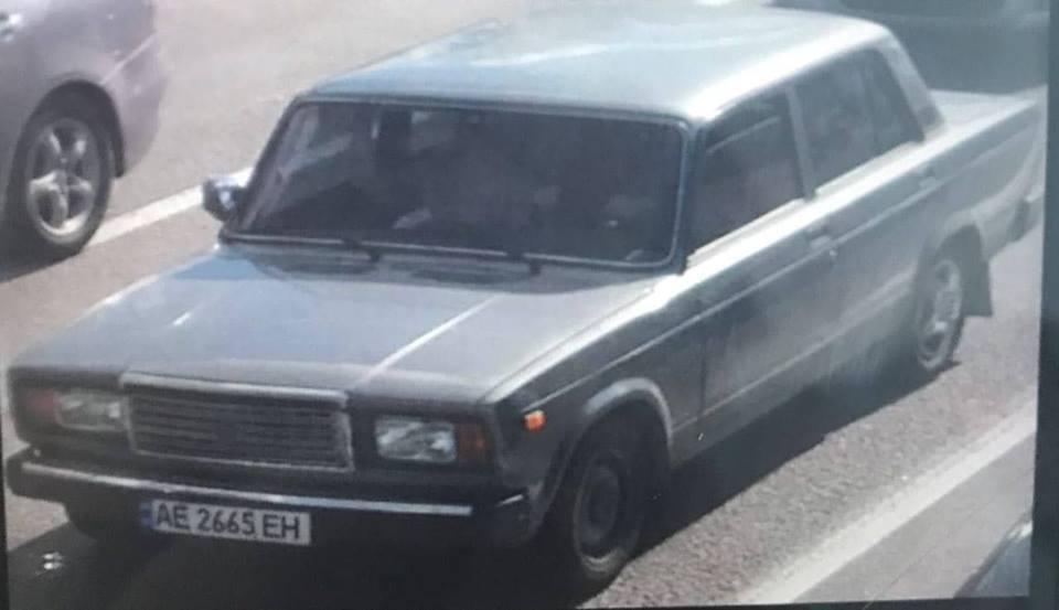 За даними очевидців, дівчину збив ВАЗ із номером АЕ 2665 ЕП