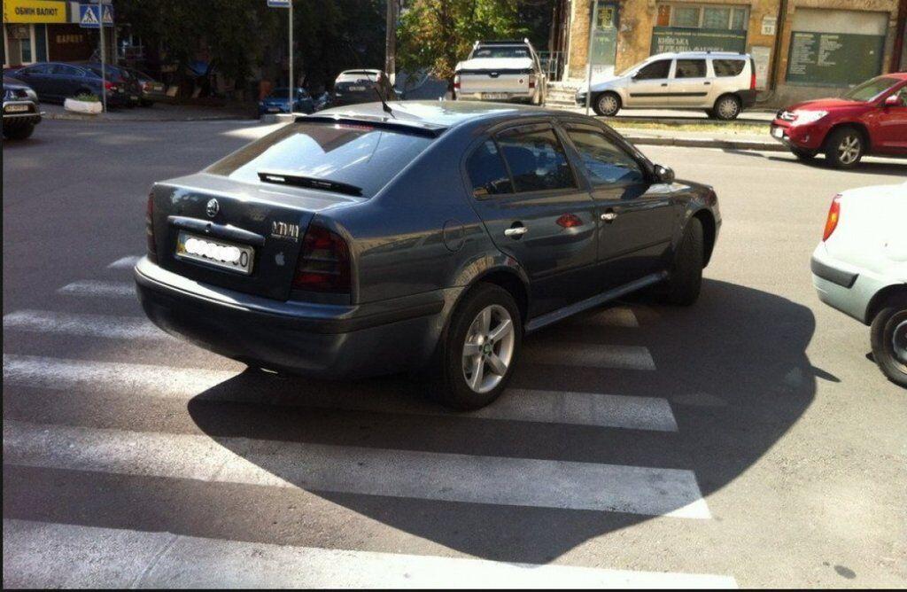 В Україні радикально змінять правила паркування: що потрібно знати