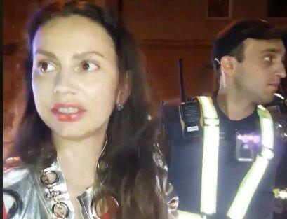 В Тернополе пьяная за рулем устроила истерику копам