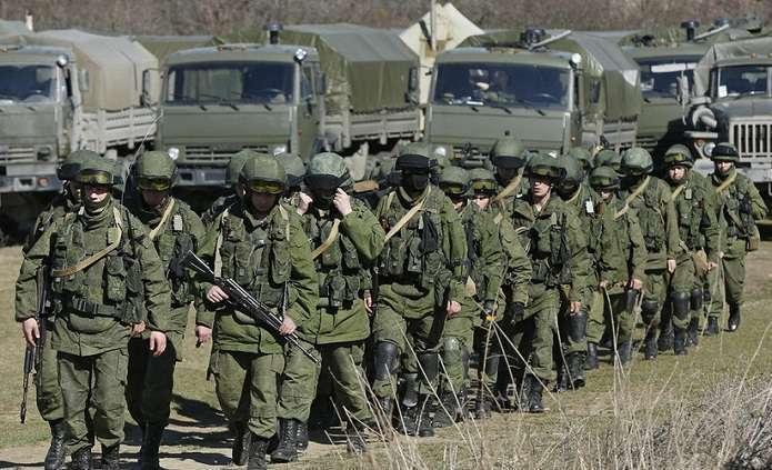 """Россия и """"ДНР"""" подняли войска: чем это угрожает Украине"""