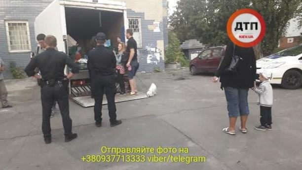 У Києві зловили п'яного розвізника м'яса для дитсадків