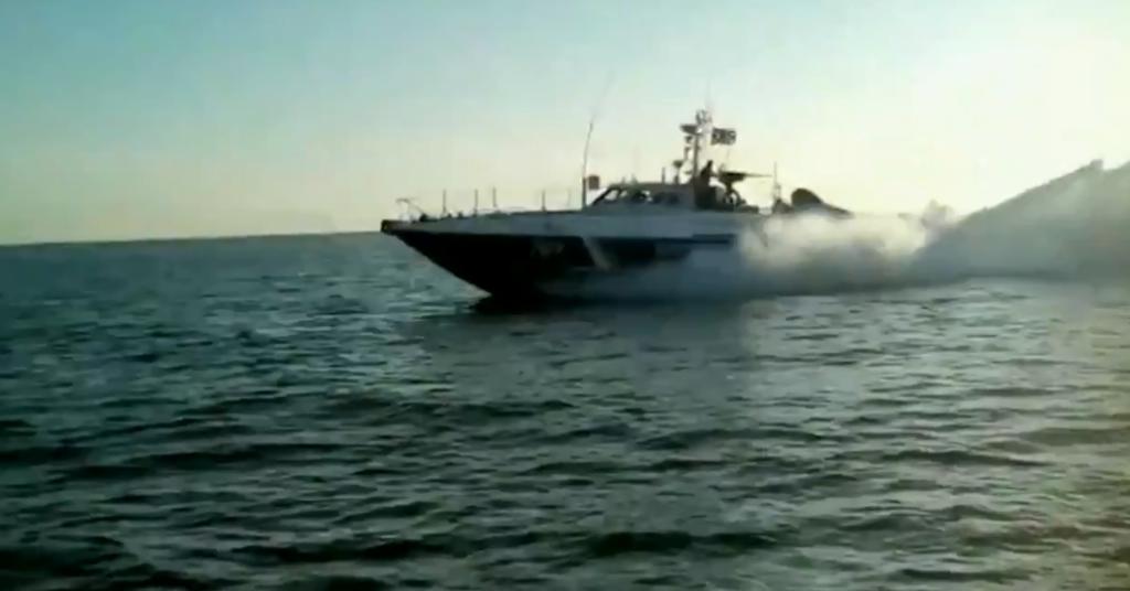 Росія влаштувала нову провокацію в Азовському морі. Відеофакт