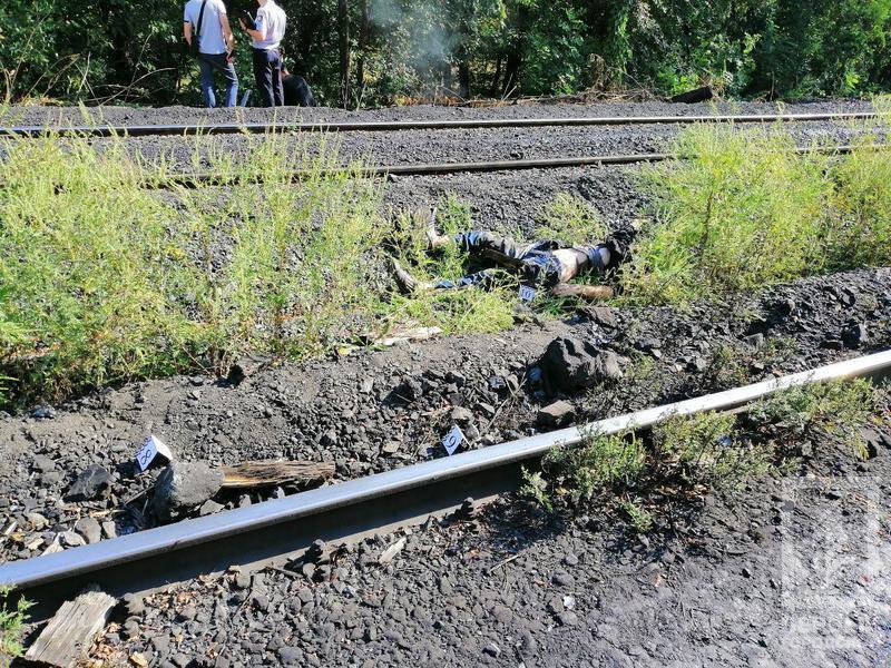 Поезд отрезал голову: в Кривом Роге произошло жуткое ЧП