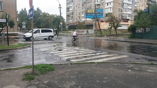 ''Вимкнули світло'': наслідки сильної зливи в Бердянську жахнули мережу