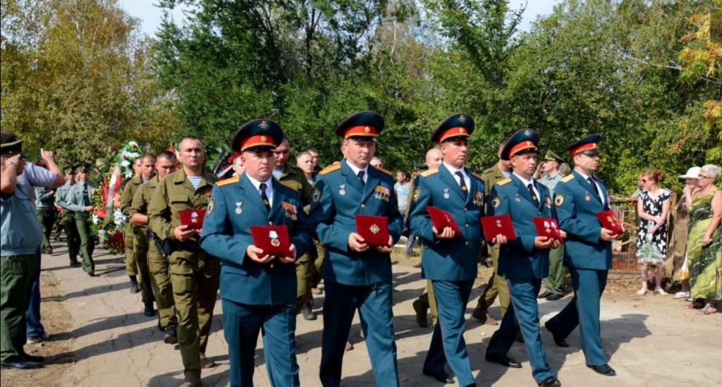 """Захарченка закопали на """"Донецькому морі"""": фото, відео"""
