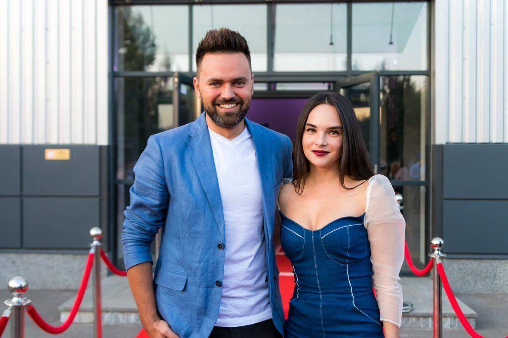 ''Міс Україна-2018'': що одягли зірки для червоної доріжки