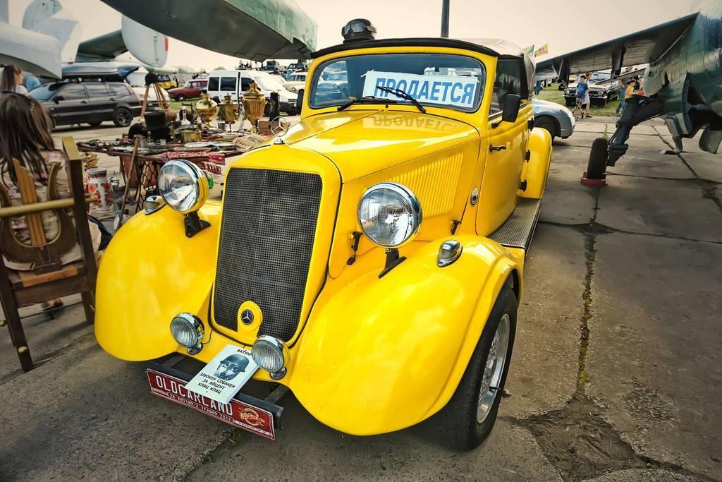 OldCarLand: гід фестивалем раритетних авто