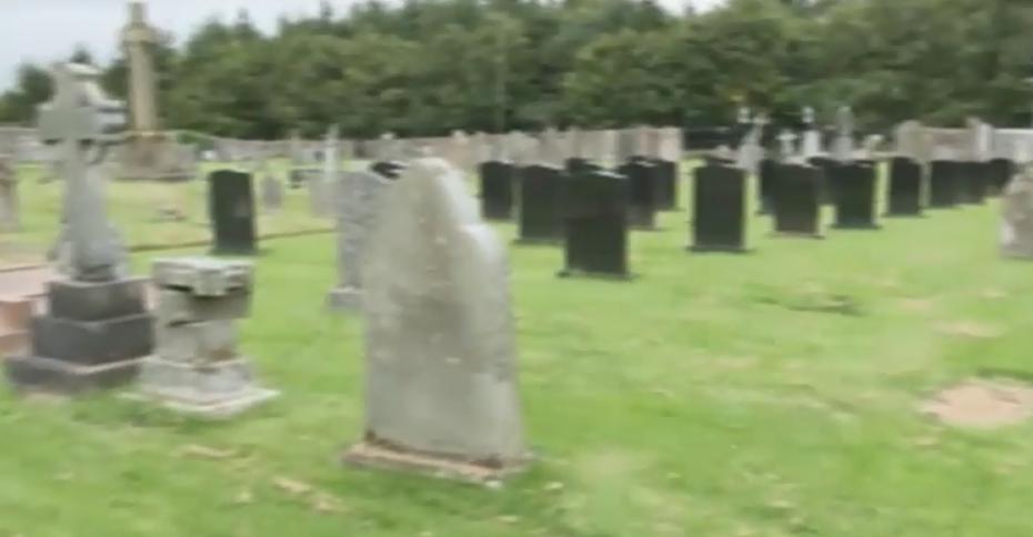 ''Нас всех насиловали!'' В Шотландии вспыхнул громкий скандал вокруг монахов