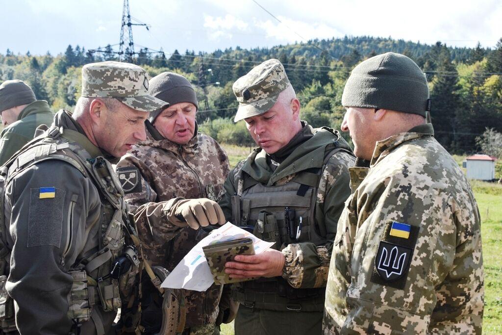 """На курорте Украины заметили """"зеленых человечков"""": стало известно, что происходит"""