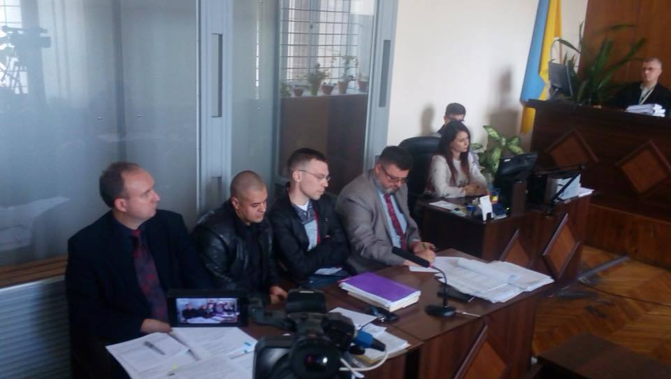 В суде над сепаратистом Муравицким произошла драка: опубликовано видео