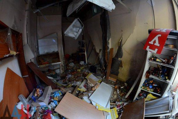 У центрі Донецька стався вибух: постраждав кандидат на пост ватажка