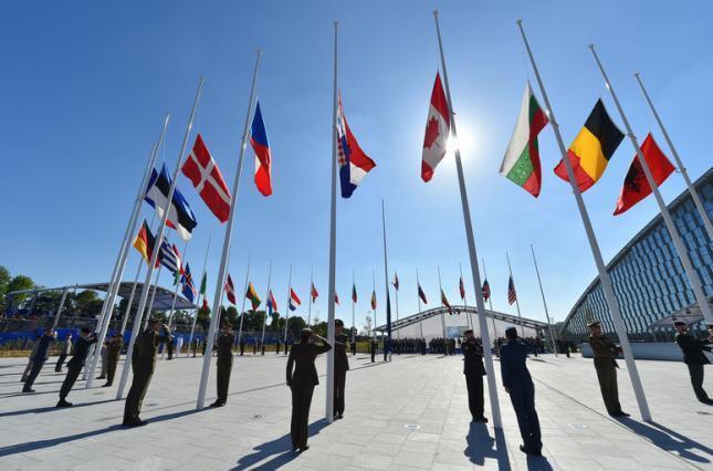 Украина - в НАТО и ЕС: Раду поставили перед историческим выбором
