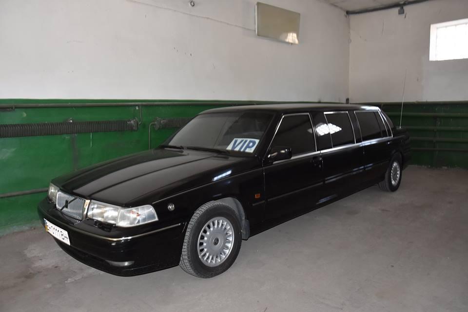 В Одессе нашли раритетную машину одного из президентов Украины: фото