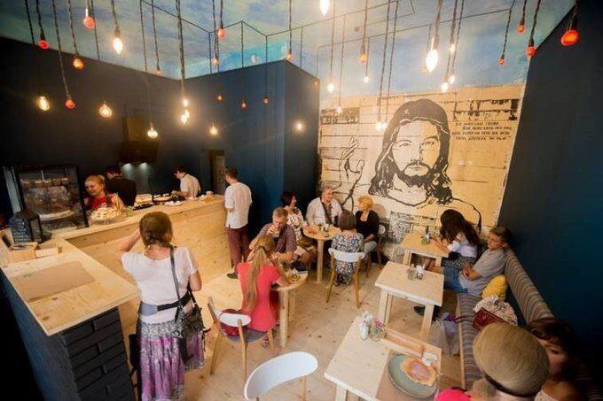 В Україні відкрили незвичайну кафе без цін