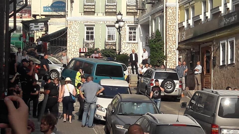 У центрі Києва здійснили зухвале рейдерське захоплення