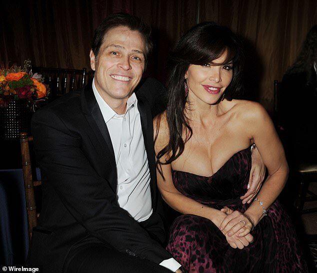 Стало известно, на кого богатейший человек мира променял жену: фото любовницы